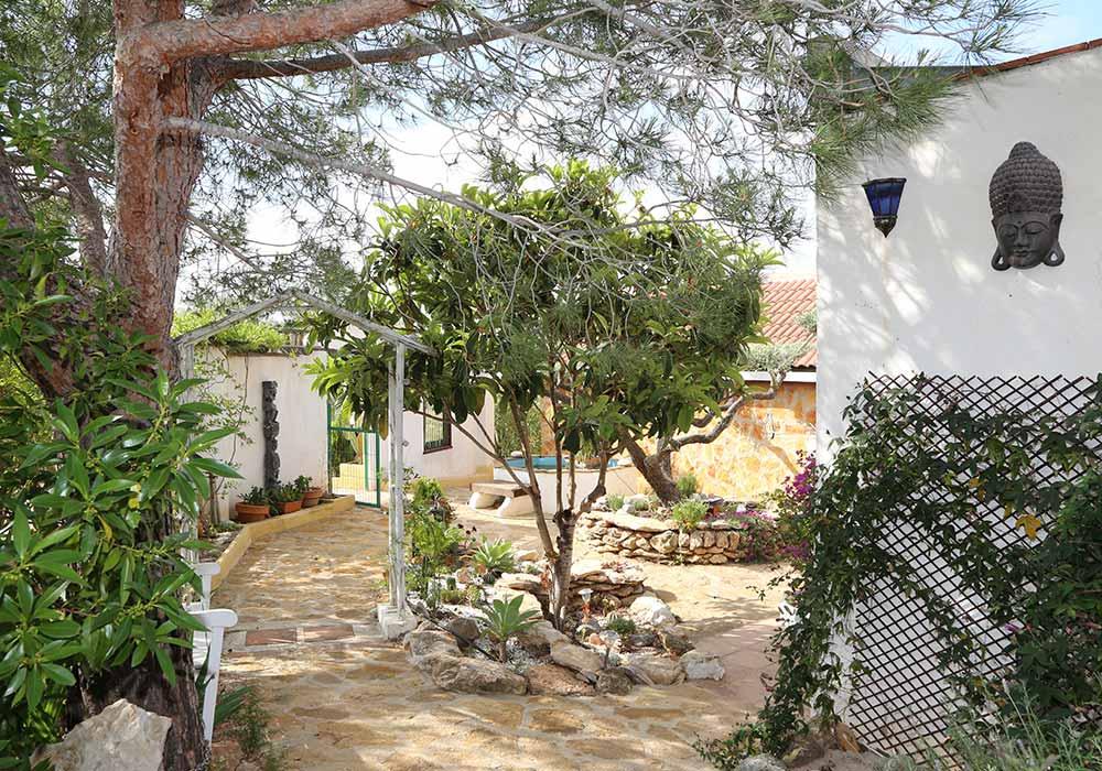 Jardín zen del Ecoturismo rural Villafeliche